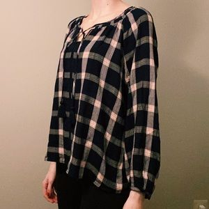 American Eagle Navy Blue & Pink Long Sleeve Blouse